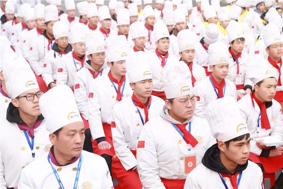 同学,还记得有多久没见到你的烹饪大学了吗?