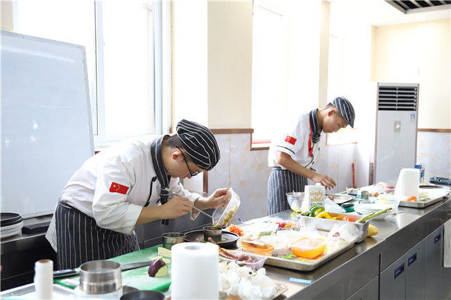21世纪朝阳行业――西餐,如何选择西餐厨师培训